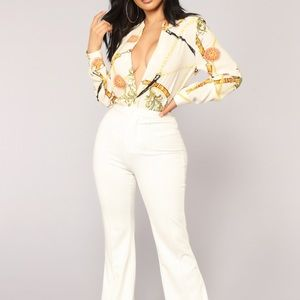 ☀️3 for $20 ☀️ Fashion Nova chain print blouse S/P